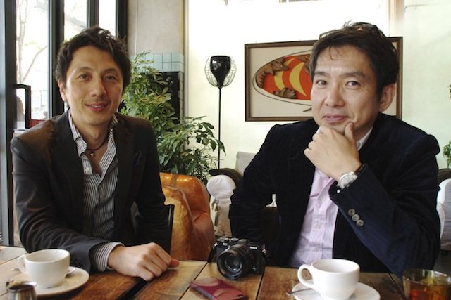 From left: founder Hitoshi Nakamura and FrogApps's new CEO Hawk Takahashi