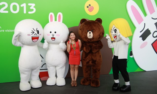 Line characters were in attendance too, getting pics taken with attendees