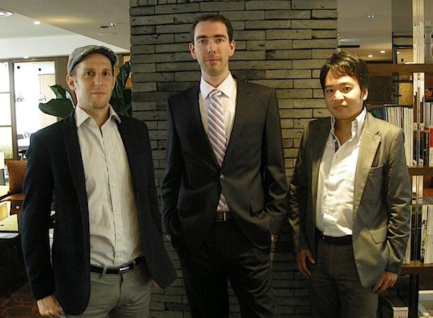 左から:コミュニケーション担当 Benjamin Joffe氏、CEO Thomas Civeit氏、ビジネス開発担当 金本成生氏