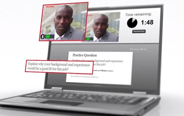 写真は、アメリカHireVue社のイメージビデオから。