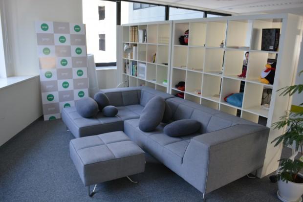 sofa-620x413
