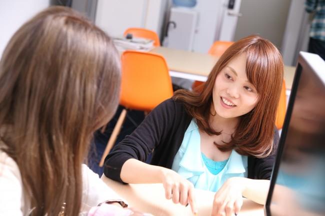 ネイルブックのディレクター 正木友佳さん