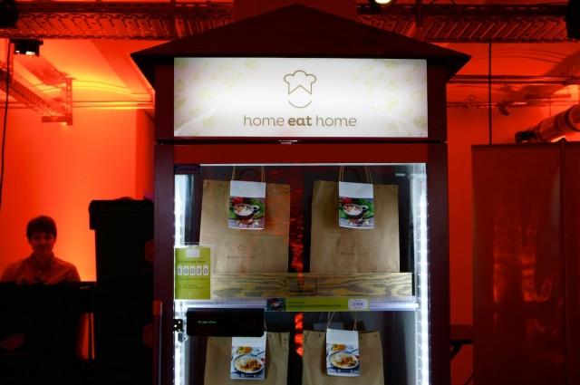 ベルリン発のレシピ付き食材サービス「Home eat Home」の専用ベンディングマシン