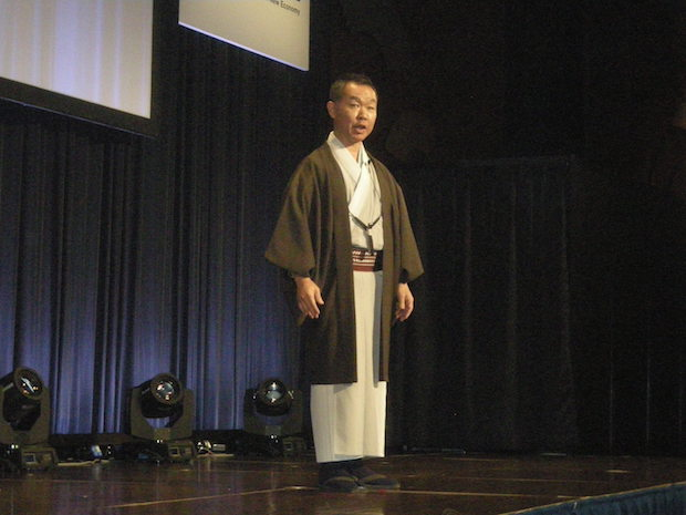 nes2015-competition-mc-honjo