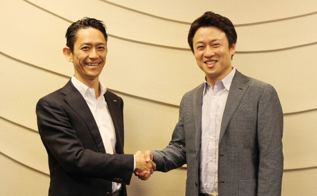 左から:GMO VenturePartners 取締役 村松竜氏、ChatWork 代表取締役 山本敏行氏