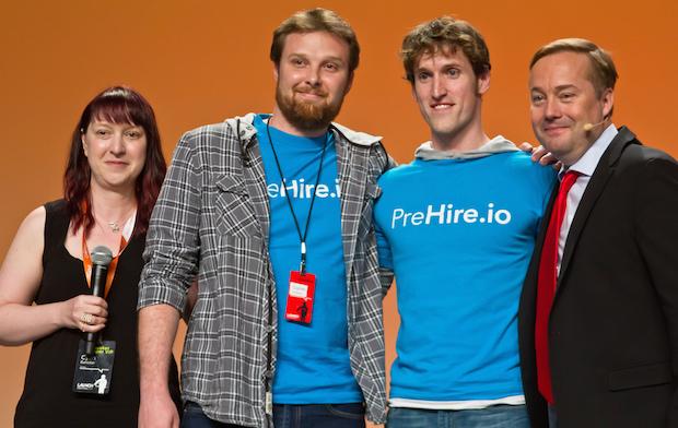 LAUNCH Festival 2015 のハッカソン・セッションで優勝した PreHire のチーム。
