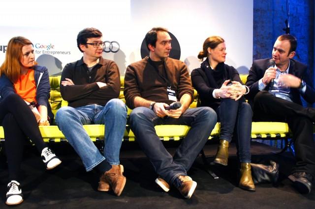 欧州各国のテクノロジーハブの代表者たちが未来のオフィスのあり方を議論し合うパネルディスカッションの様子