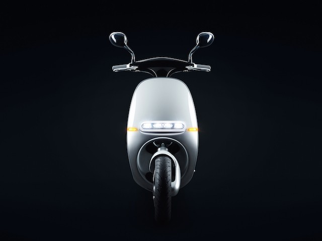 Gogoro-Smartscooter-Front-View-Night