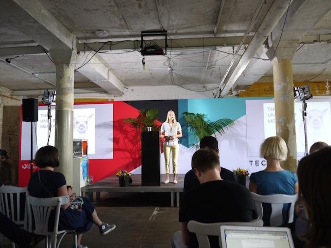 女性・妊婦用のスマートアクセサリー Bellabeatのコーファウンダー Urska Srsen氏。謙虚さとフォーカスが大事、と起業家精神をシェア。