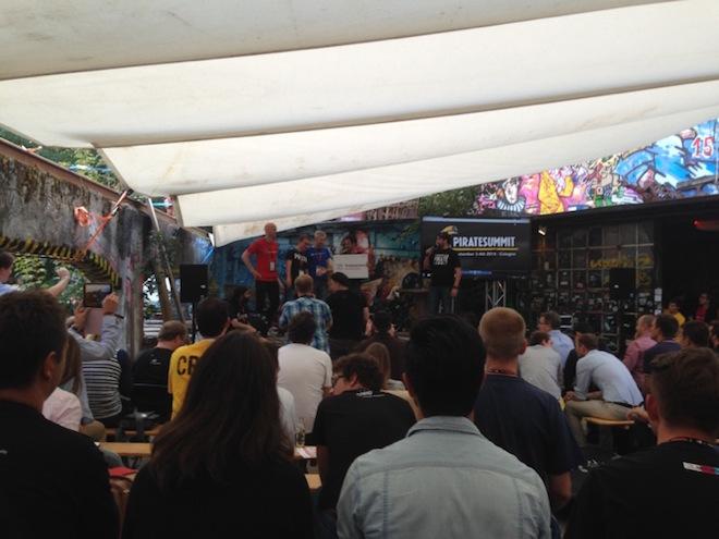 2014年のPirate Summitのピッチステージ