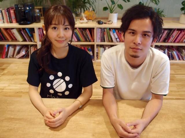 Holidayを運営する友巻さん(右)と谷里穂さん(左)