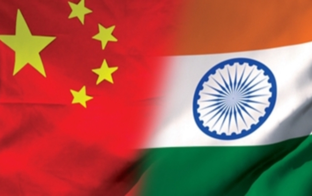 china-india-flags