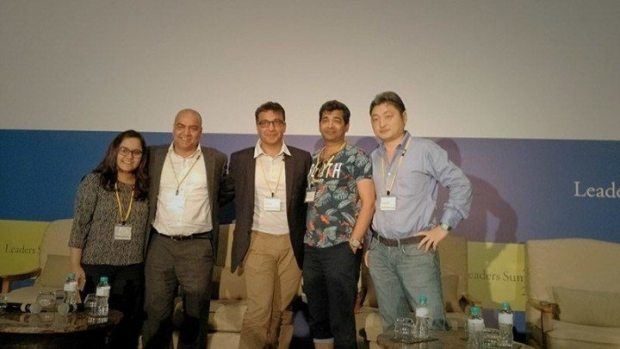 (左から)パネリストのKirti Punia氏(Yourstory)、Vikram Gupta氏(IvyCap Ventures)、Rajat Tandon氏(NASSCOM)、Vikram Upadhyaya氏(GHV Accelerator)と、モデレーターの蛯原健氏(リブライトパートナーズ)