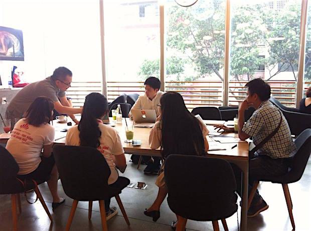 st-booking-team-in-vietnam