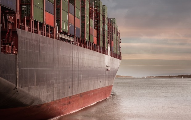 container-on-the-ship