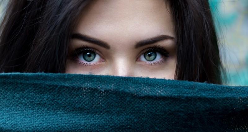 ladi-womans-face-eye.jpg