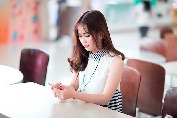 girl-2183999_640