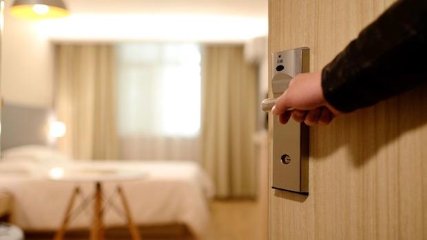 hotel-1330850_1280