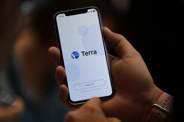 Terra-Payment-System-Mockup-750x500