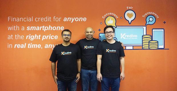 FinAccel_founders_Umang_Rustagi_Akshay_Grag_Alie_Tan