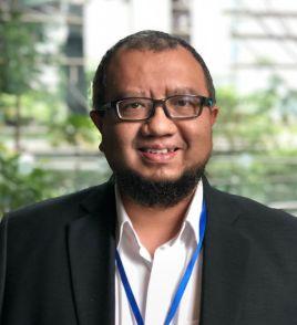 Azman.Ivan_.Tan_.CEO_.WhatsHalal.jpg