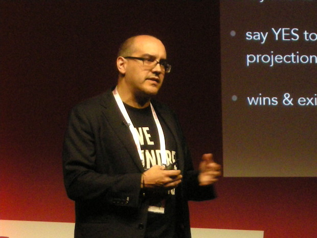 startup-istanbul-2015-dave-mcclure-2