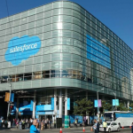 Salesforce-Dreamforce-2015-Novet-2-930x523