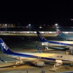 aircrafts-at-haneda-at-night