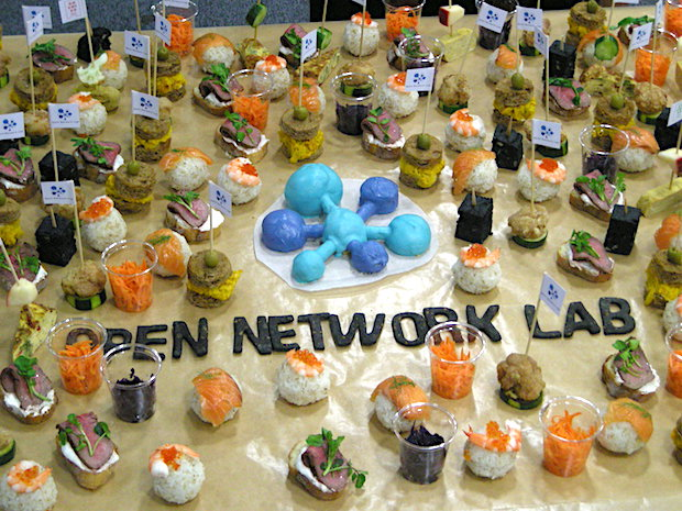 onlab-13th-batch-demoday-party-food